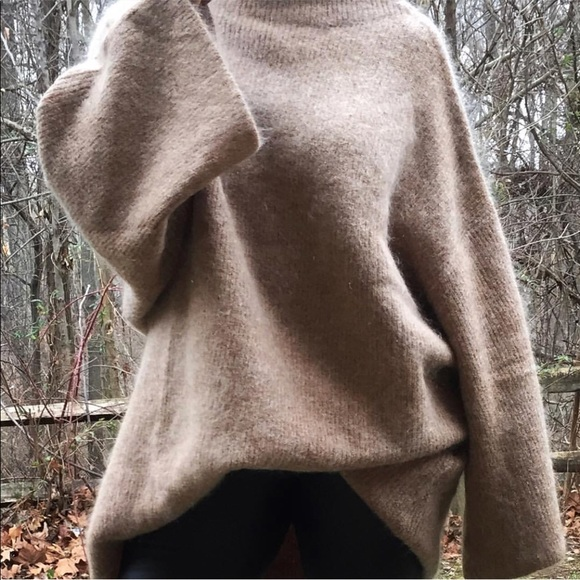 H&M Sweaters - H&M Trend Bell Sleeve Sweater